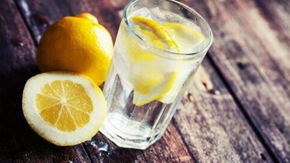 3 напивки што ги регулираат хормоните: Секоја жена мора да знае за овој лек!