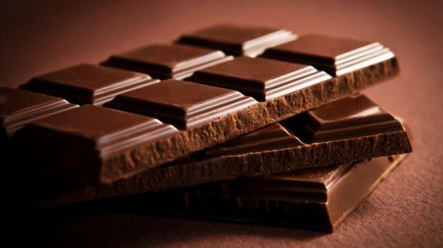 Што се случува со телото по јадење на парче чоколадо?!