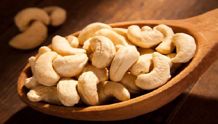 Зошто е здраво јадењето на индиски ореви?!