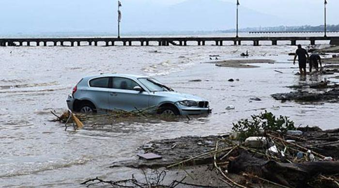 Невремето се враќа: УХМР со прогноза за пообилни врнежи на местата каде пред неколку дена дождот и ветерот направија хаос