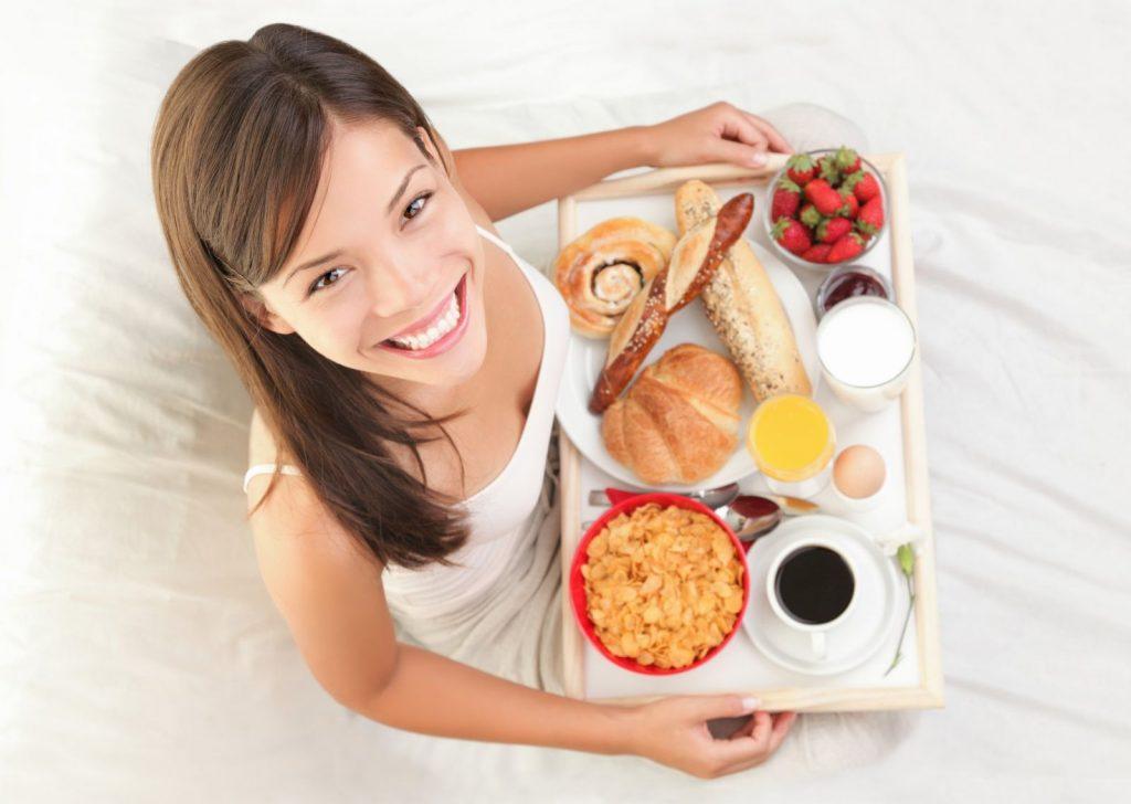 Што е подобро за појадок – пица или житарици?