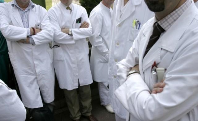 Докторите ќе добијат 10 проценти покачување на основна плата, ама намалување 15 проценти на дежурствата