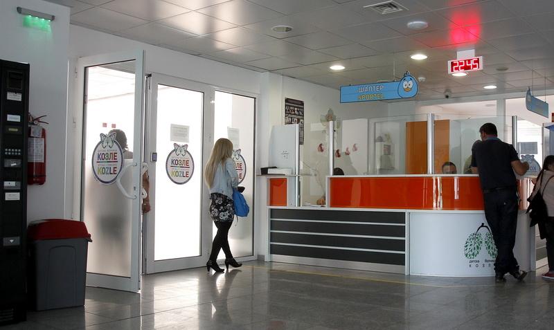 Шест деца и шест мајки се хоспитализирани во болницата во Козле