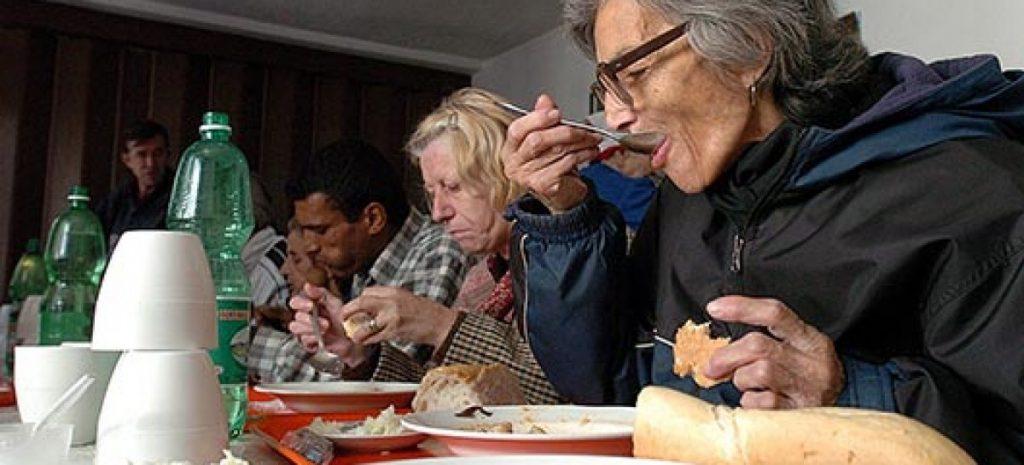 Над 70.000 македонски граѓани имаат само два до три оброка неделно