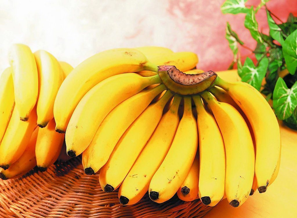Зошто треба да јадете по две банани на ден?