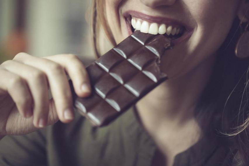 Јадењето темно чоколадо може да предизвика исто чувство како и консумирањето на канабис