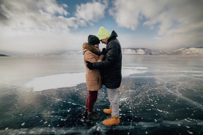 Дневен хороскоп за 11 јануари 2020: Бикот не е подготвен за нова врска, Ракот го очекува убав ден со партнерот