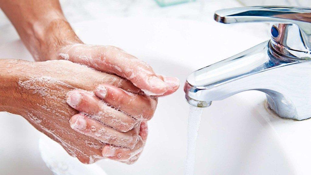 Доколку претерате со миењето на рацете ризикувате појава на контактен екцем