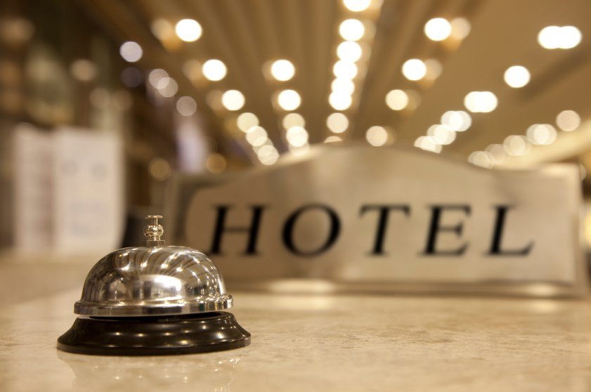 Македонските хотелиери најавуваат уште отпуштања, корона-кризата ги уништи