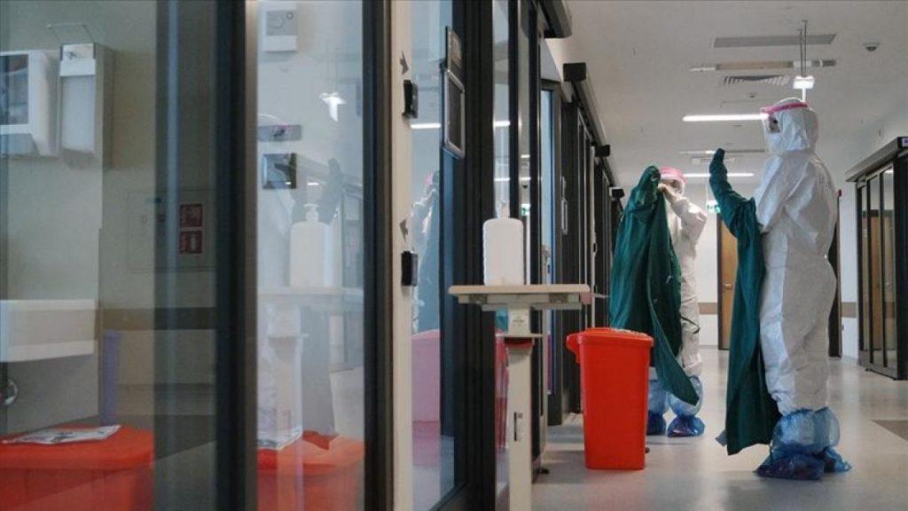 Коронавирусот во Македонија зарази повеќе од 28 илјади лица, а приближно илјада го загубија животот