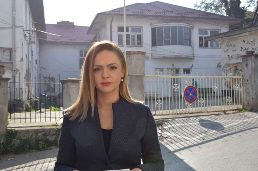 Панова: Филипче и Заев го потрошија денот за сликање пред комбе од приватна донација додека луѓе умираат