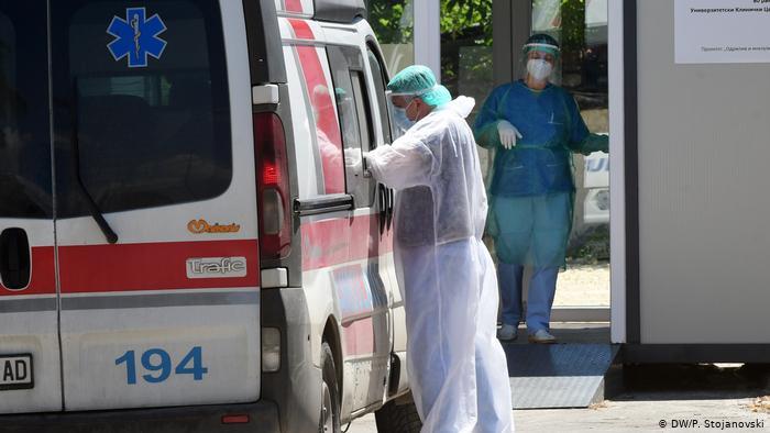 Нови 11 починати и 400 новозаболени од Ковид-19 денеска
