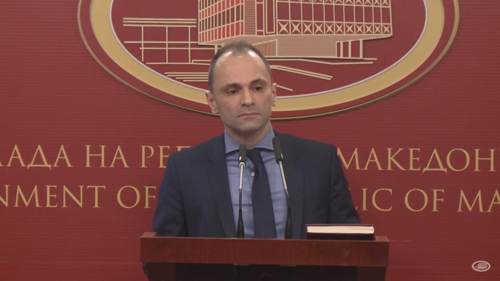 Докторка од Куманово го праша Филипче: Зошто медицинарите на тестирањата водат мртва трка за бодови за да добијат работа кога на крај тоа не е важно?