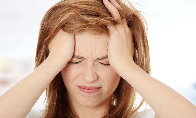 Кои здравствени ризици се поврзани со мигрената?