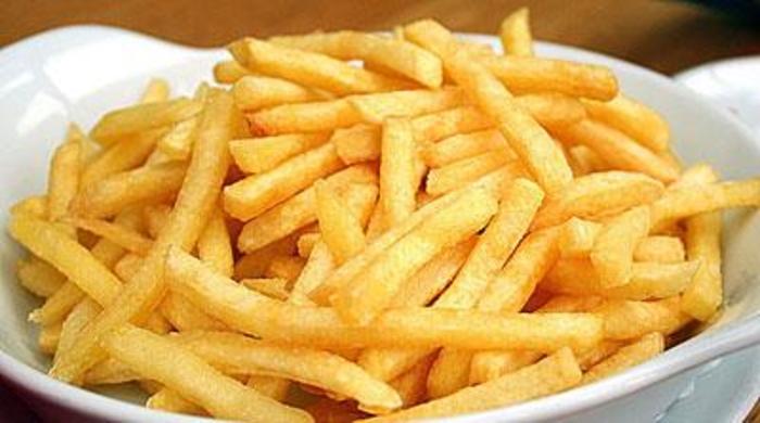 Прекумерното јадење компири го покачува крвниот притисок!