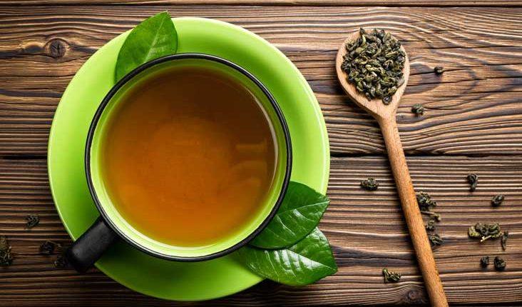 Ослободете се од акните со помош на зелен чај и мед