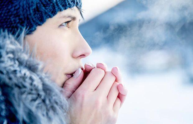 Типови на зимски алергии и како да се справите со тоа