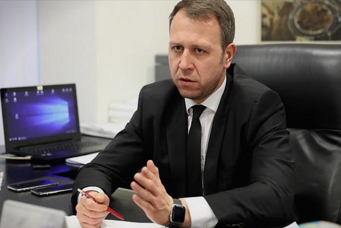 Јанушев: Власта ги обезбеди само провизиите, но не и вакцините кои се неопходни
