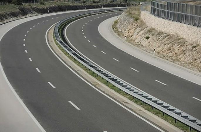 Без забрани сообраќајот на државните патишта