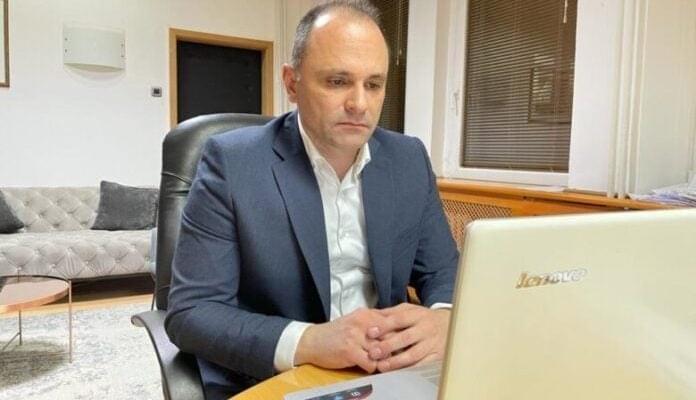 До крајот на летото Филипче очекува да се постигне колективен имунитет